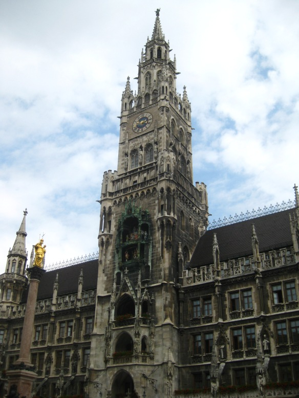 The tower in Marienplatz